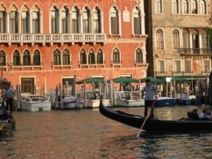 Luxury honeymoon destination: 'Take it easy' when seeing the sights of Venice